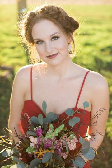HMUA- Angelique Verver Photography- Jessica Bonestroo Photography Flowers- Petals and Perks, Sioux...