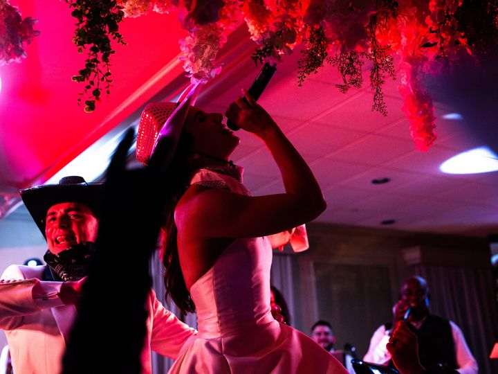 Tmx Aaron Snow Photography Neville Wedding Aes 0451 Resize 51 1007243 161053011639927 Dallas, TX wedding band