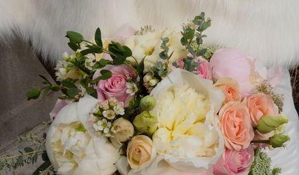 Pink Opal Floral Design