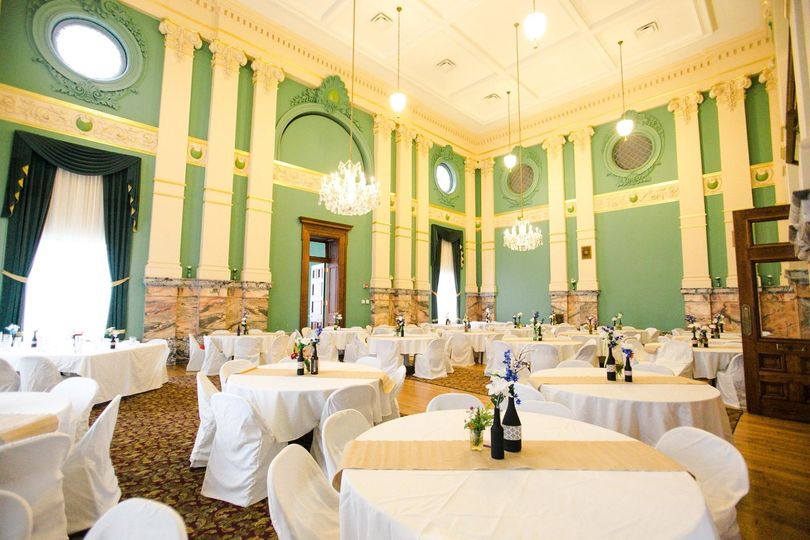 Photography: Rachel Mathew Photography  Venue: Old Vanderburgh County Courthouse Planner: City...
