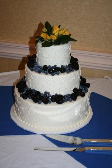 3-tier Wedding Cake, 130 Servings