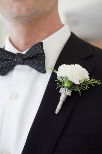 Simple, clean and classic. White carnation with a little diamond wrap accent