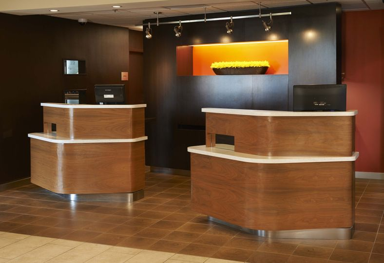 tolch front desk