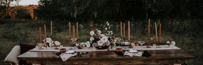 Outdoor head table setup and decor
