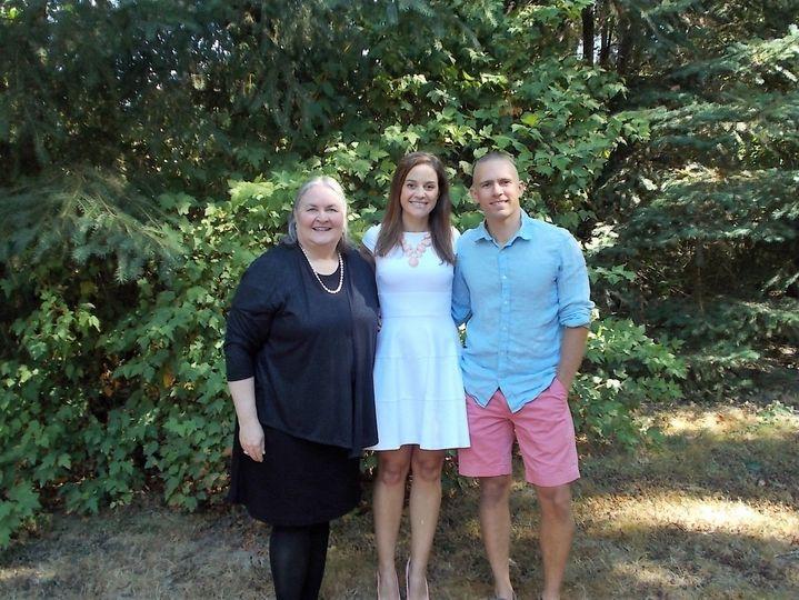 Summer Outdoor Elopement Portland-Rev. Maureen Haley