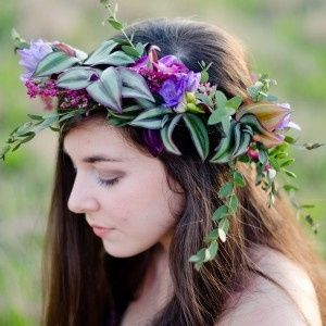 Floral hair accent