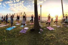 Beach | Sunset Yoga Hawaii
