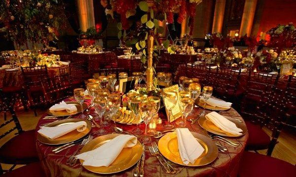 Formal seated dinner with dancing