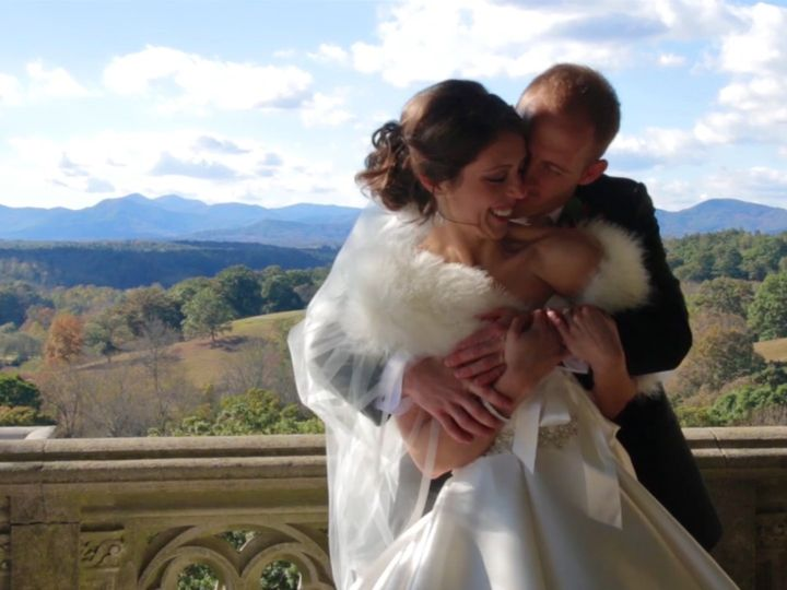 Tmx Ww Pic B 51 603443 158205991276733 Akron, OH wedding videography