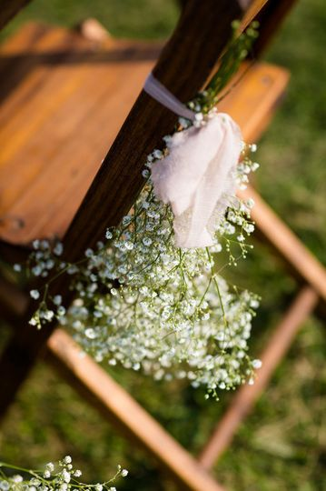 folding chair babybreath details