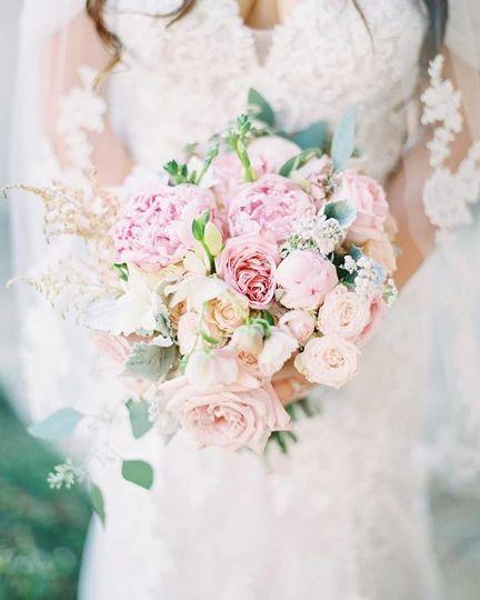 Blush poenies bouquet