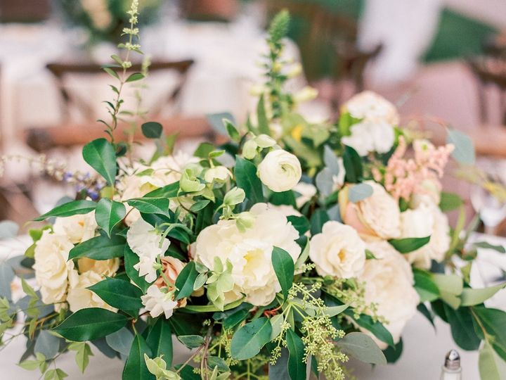 Tmx Vivienne Parker Suamihi 51 2026443 162147490784398 Houston, TX wedding florist