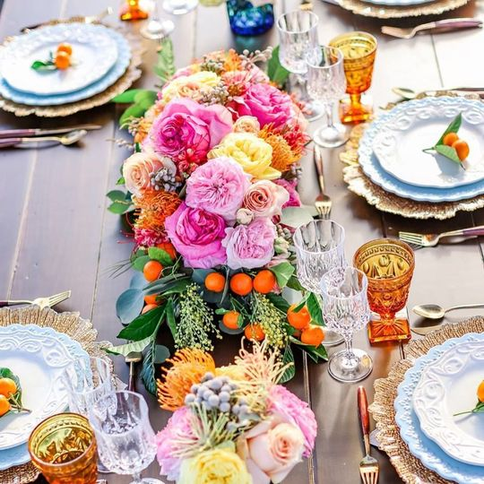 Table settings and decor