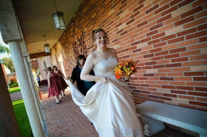 e5313f2f998dd09e 1375164400565 harkness kennington bride