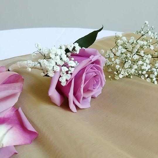 Fresh Floral Boutonnieres