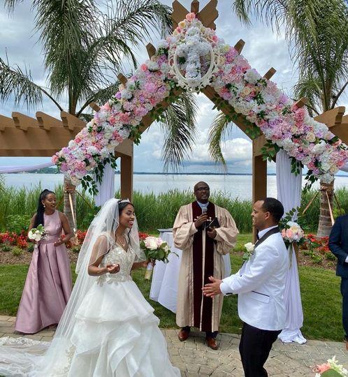 Outdoor Wedding Deco