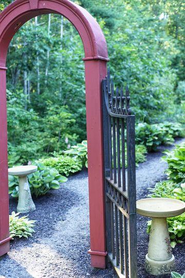 Entrance to side garden.