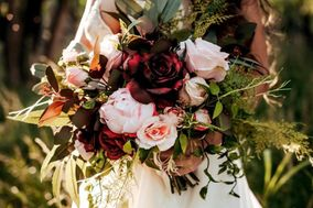 Rent and Return Wedding Floral Company