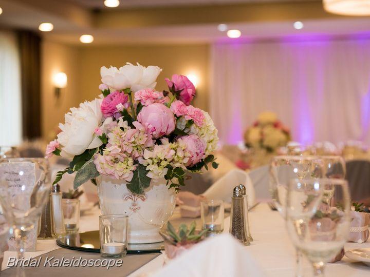 Tmx 1483731641 6293b4dbbd7a7153 MJ 658 McHenry, IL wedding venue