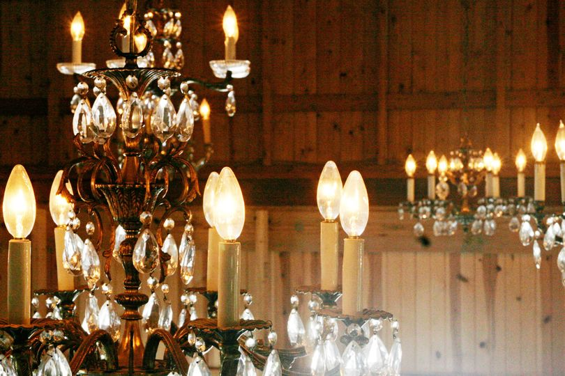 Vintage chandelier lighting
