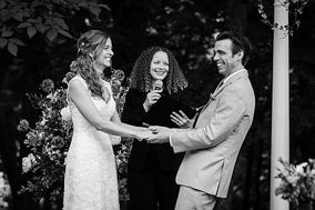 Elizabeth Phaire, Master Life-Cycle Celebrant® & Officiant
