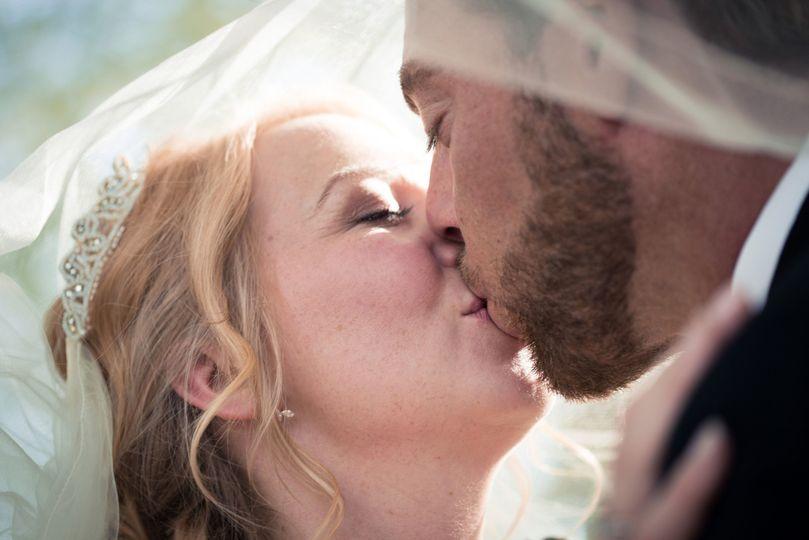 A newlywed kiss