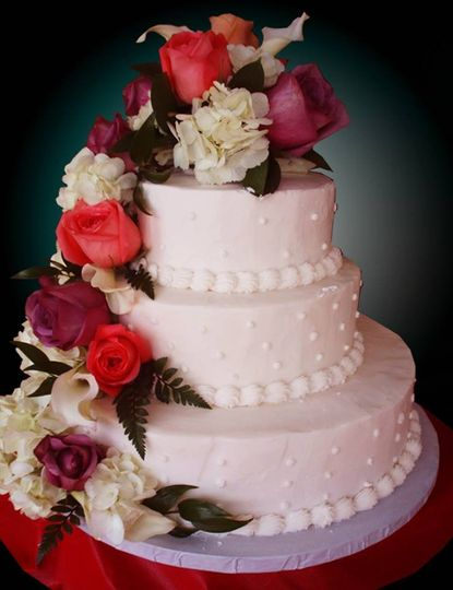 wedding cakes niagara falls ny caramici s bakery wedding cake buffalo ny weddingwire 25097