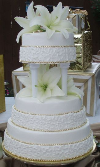 6-tier wedding cake