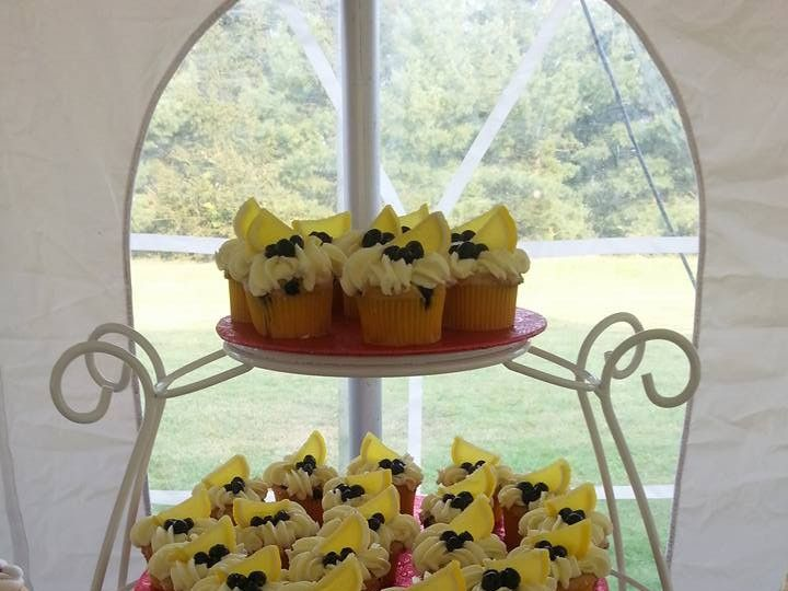 Tmx 1446409226750 Blueberry Lemonade Buffalo, NY wedding cake
