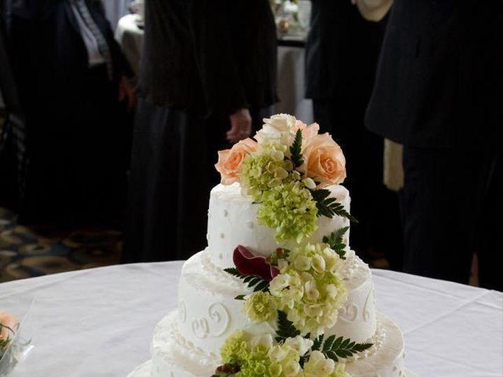 Tmx 1456343115 C69b9cb1d89de381 312332 10150252790838414 1823718 N Buffalo, NY wedding cake