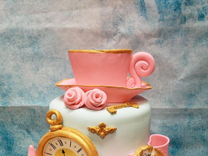 Tmx Alice In Wonderland Small Cake 51 907543 1569432135 Olympia, WA wedding cake
