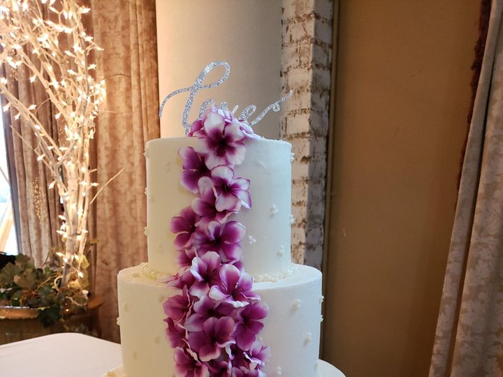 Tmx Three Tier Orchid Cake 51 907543 1569432234 Olympia, WA wedding cake