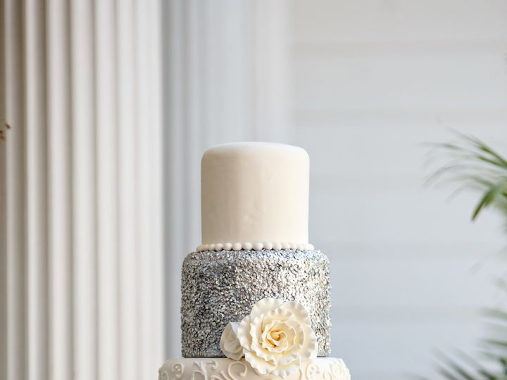 Tmx 1515025692292 20170801mangrumcakes 0028edited Raleigh wedding cake