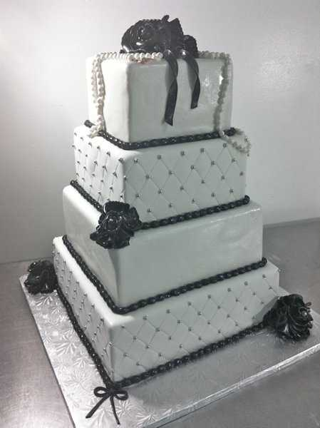 Cakes by Gaby!