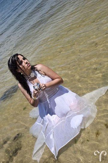 Lidia Trashes her Dress