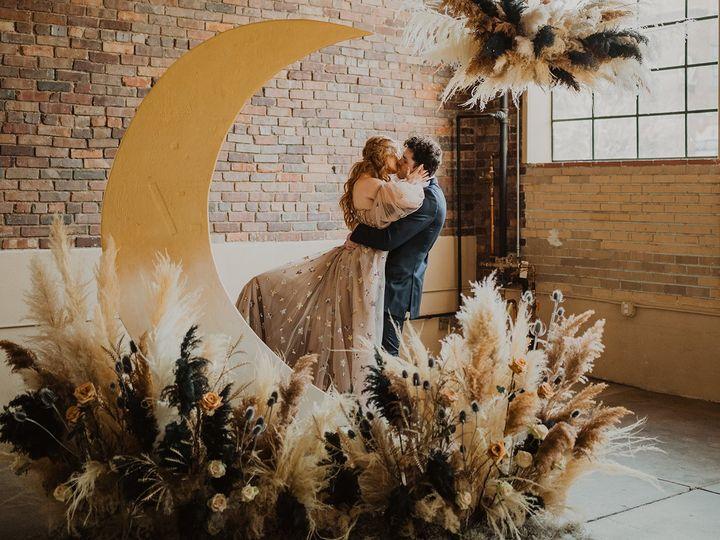Tmx Ashleecrowdenphotography Starsmoons 108 51 1988543 161403633489282 Denver, CO wedding venue