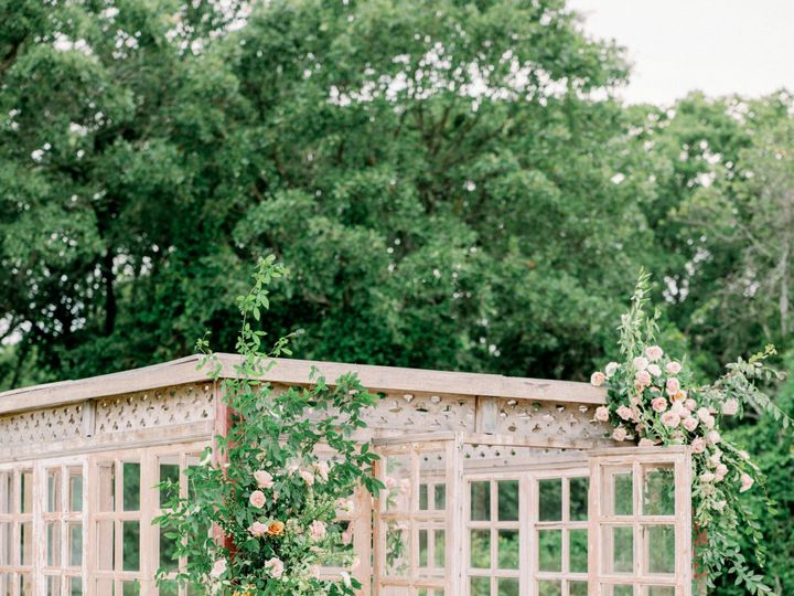 Tmx Hunterryanphotowhitesparrowbarn2153 51 1049543 1568055505 Dallas, TX wedding florist