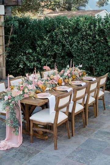 Micro Wedding Guest Table