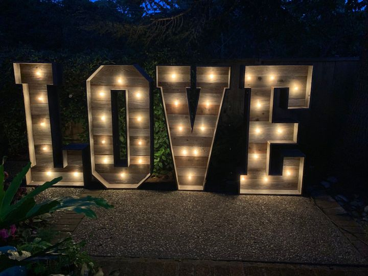 Love Marquee 5'