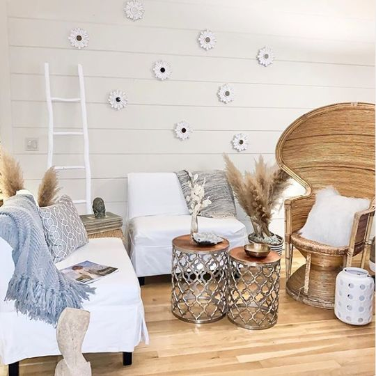 Relaxing lounge setup