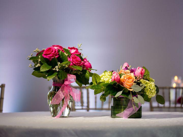 Tmx 1537478921 0c926ba426defdfe 1537478918 50ced7acf6ce42a7 1537478914195 19 SwanLakeCaterers1 Manorville, NY wedding venue