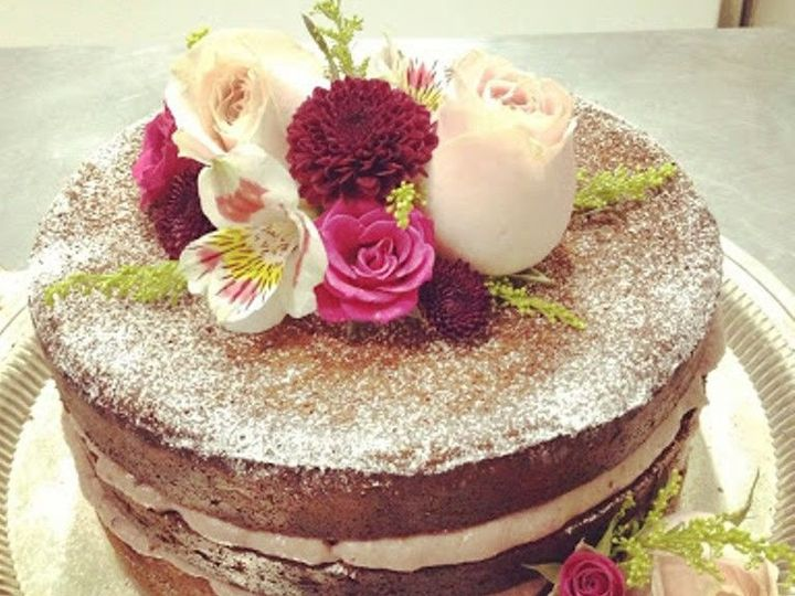 Tmx 1518211733 9c521b619c740093 1518211732 E22ca4c10c02860d 1518211730872 3 Naked2 Beaumont wedding cake