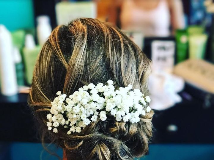 Tmx Traveling Stylists 3 51 1024643 Syracuse, NY wedding beauty