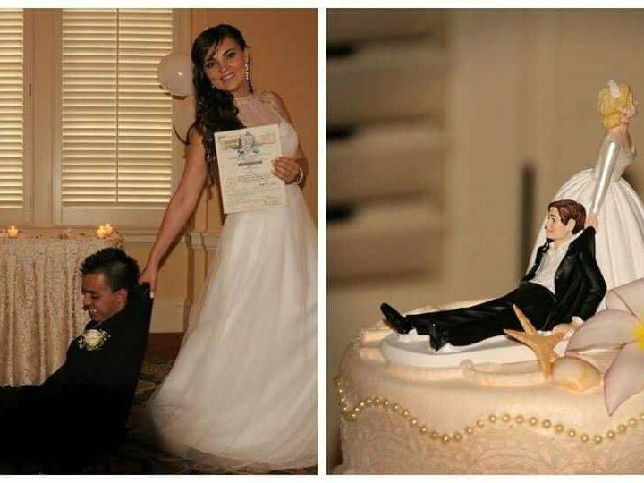 Tmx 1517623789 3c927a68bbf8cf1b 1517623787 8a653d9efaaf71d4 1517623787031 3 Received 102044272 Galveston, TX wedding officiant