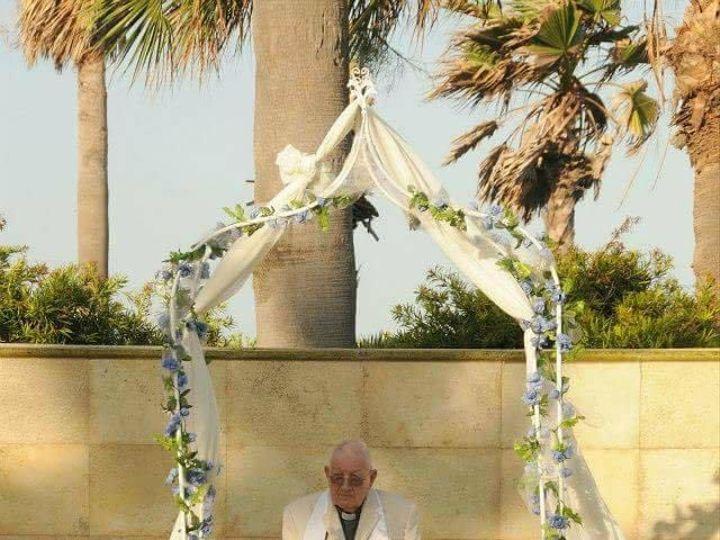 Tmx 1517623985 5ecde7d7fa294ebd 1517623984 968ed5e2442a2218 1517623983777 1 Received 102044272 Galveston, TX wedding officiant