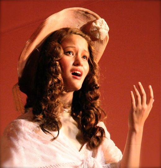 Robin Tamara Hinson, Vocalist