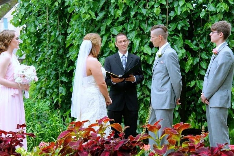 The first wedding of 2014 in a beautiful garden park in Madison WI
