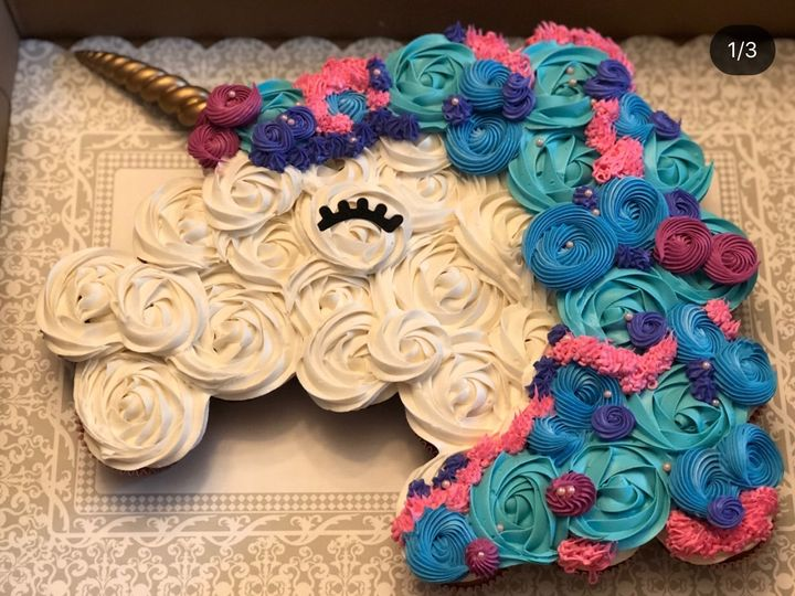 Tmx 1b7bfdb4 B0f8 4eb0 8bed E7d8a5abbc44 51 496643 1566332518 Brentwood wedding cake