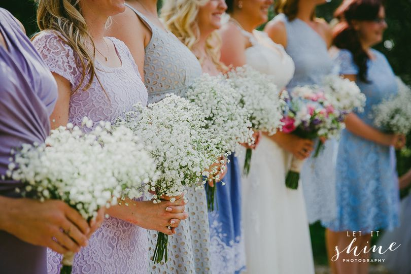The bride and her bridesmaids bouquets