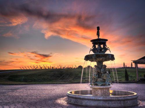 3fd1942bb453e532 BellaTerre Fountain 7x10